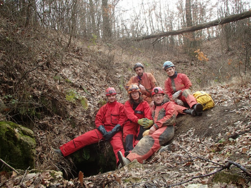 Barlangász csapat